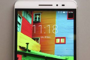 Lenovo Phab Plus - to jeszcze telefon, czy już tablet?
