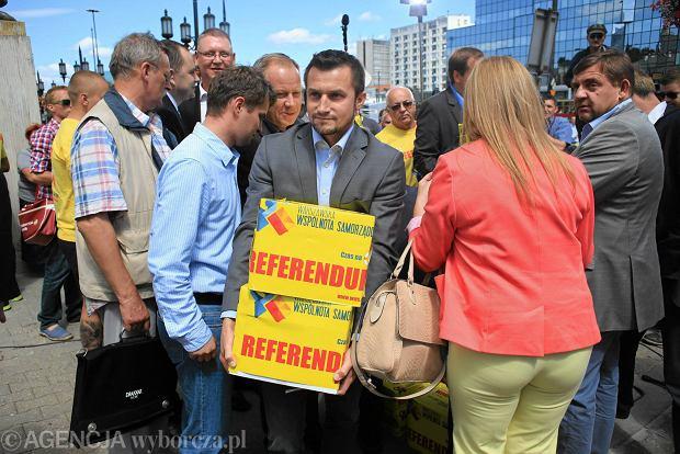 Jutro oficjalny komunikat w sprawie referendum. Jest wymagana liczba podpis�w