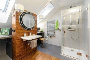 Jak zaaranżować łazienkę na poddaszu?