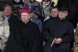 Biskup Ryczan: - Demokracja przeradza si� w totalitaryzm
