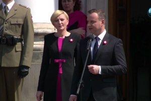 Duda: Pod bia�o-czerwon� flag� grupujemy si�, jak grupowa�o si� rycerstwo polskie