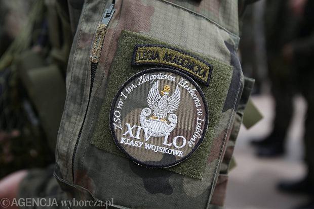 Zdjęcie numer 25 w galerii - Wojskowe pojazdy i broń. Legia Akademicka jedzie na Anakondę [ZDJĘCIA]