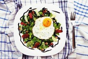 Sałata z jajem