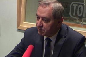 Minister Kowalczyk wyjaśnia, dlaczego Polska stawia na węgiel i atom: Energia odnawialna jest najmniej bezpieczna