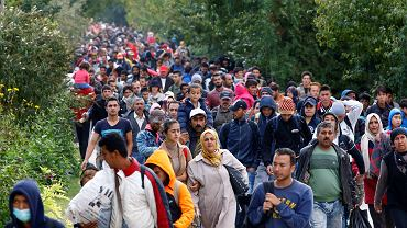 Węgrzy straszą uchodźcami