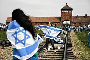 Zmowa cenowa wok� wyjazd�w dzieci do Auschwitz. Wpad�o siedem os�b