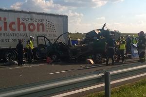 Tragiczny wypadek na obwodnicy Lublina. Pięć osób nie żyje, droga jest zablokowana