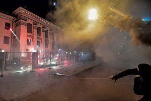 Ukraina: ambasada Rosji w Kijowie ostrzelana fajerwerkami