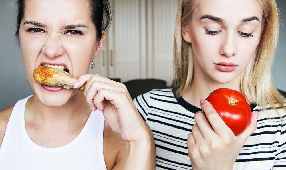 Wgetarianie vs. mięsożercy. Dlaczego zawartość cudzego talerza wzbudza emocje?