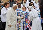 Franciszek, kowadło i młot