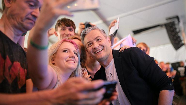 Przystanek Woodstock 2017. Robert Biedroń podczas spotkania na ASP (fot. Grzegorz Skowronek / Agencja Gazeta)