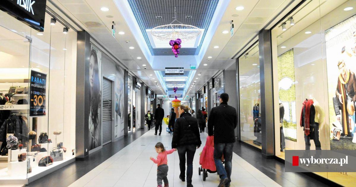 388ec8d2 Od piątku możecie robić zakupy w nowych sklepach w centrum wyprzedażowym