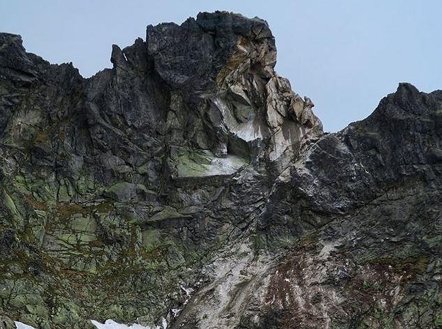 Skalny obryw uszkodził fragment szlaku między Świnicą a Zawratem w Tatrach.