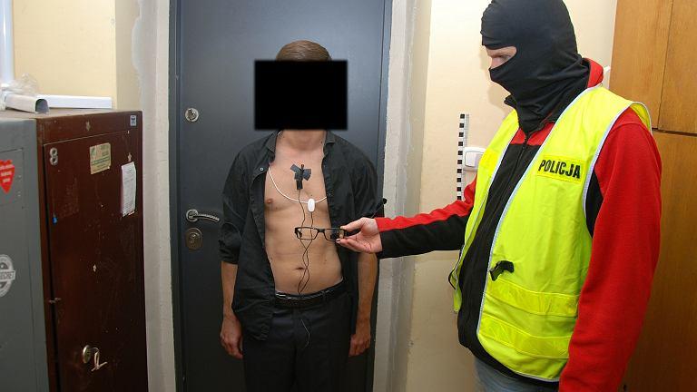 Lekarz Łodzi oszukiwał na egzaminie. Wpadł w ręce policji
