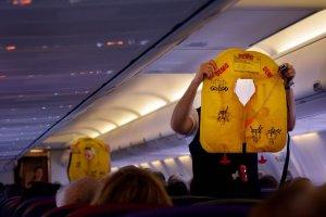 """""""Nie znam lotniska"""", """"Nie znam języka"""" - 10 rzeczy, których boimy się przed pierwszym lotem samolotem. Niepotrzebnie"""