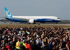Największy dreamliner 787-10 po raz pierwszy wzbił się w powietrze. Oklaski, kapitan szczęśliwy