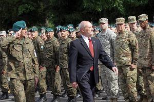 Armia w stanie niepewno�ci. Analiza przed �wi�tem Wojska Polskiego