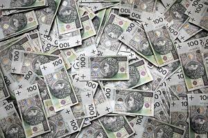 Kampanie wyborcze na miliony i na kredyt. Ile pieniędzy i na co wydają partie?