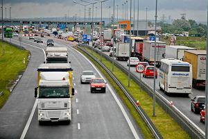 Ekspert o polskich autostradach: trzeba podnie�� p�ynno�� ruchu