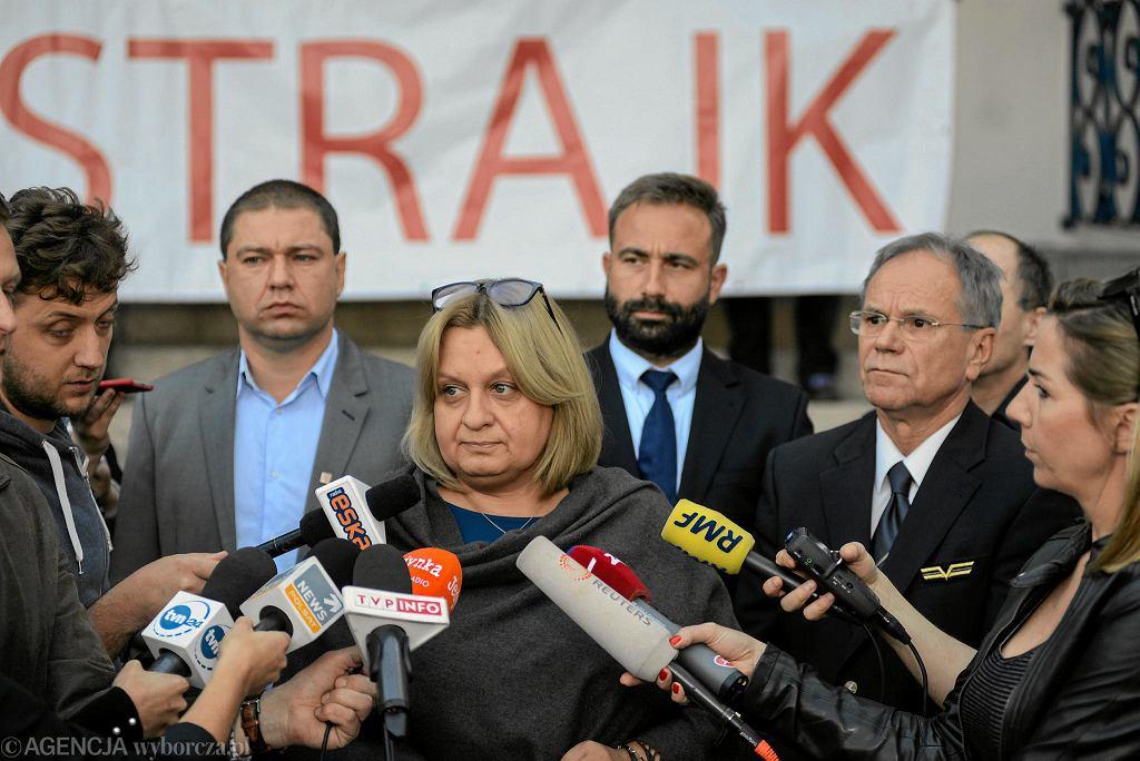 Konferencja prasowa ws. strajku LOT