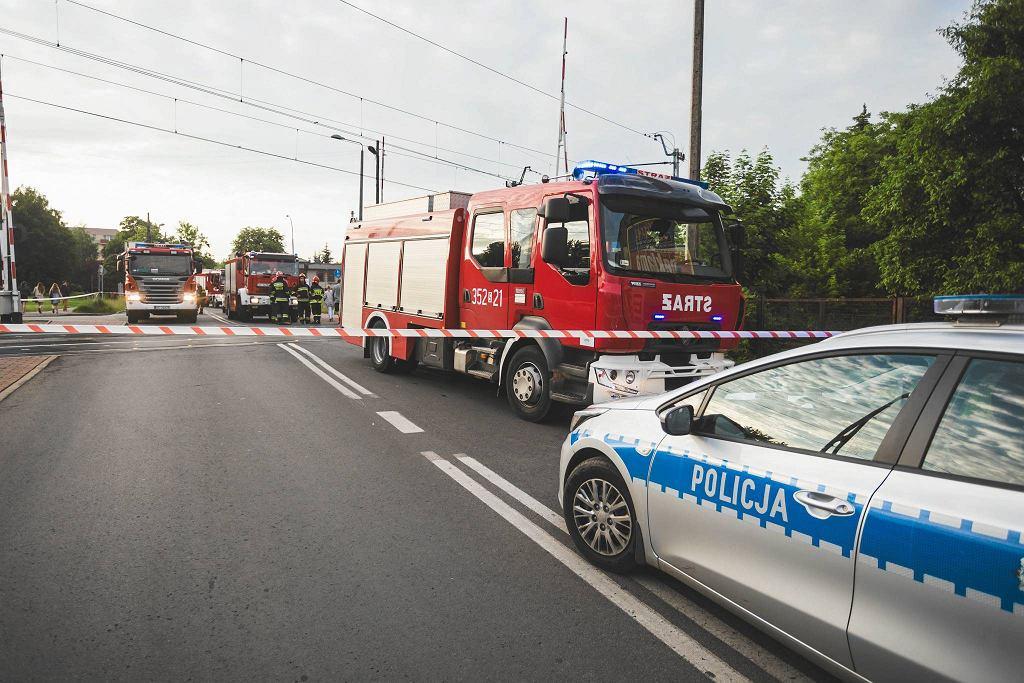 W Zabieżkach pociąg wjechał w samochód. Zginęły dwie osoby / zdjęcie ilustracyjne