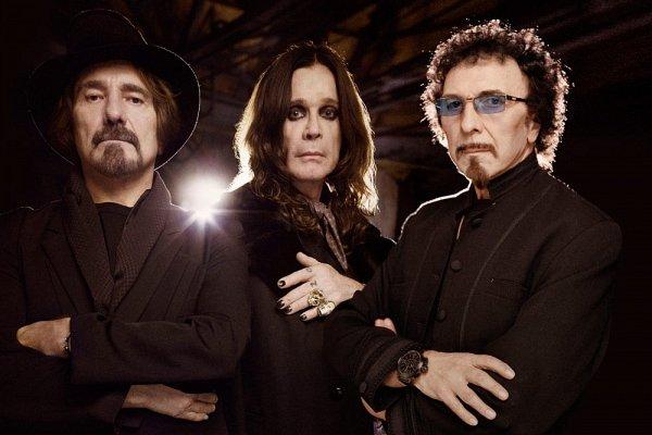 Wiosną tego roku krążyły plotki, że heavy metalowa para Ozzy i Sharon Osbourne rozwodzą się po ponad 33 latach małżeństwa. Muzyk twierdzi jednak, że  wracają na dobrą drogę.