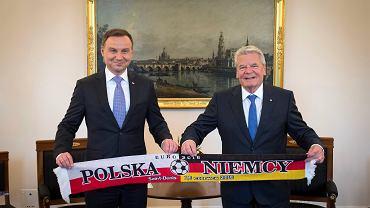 Prezydenci Joachim Gauck i Andrzej Duda przed meczem Polska - Niemcy na Euro 2016