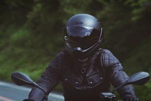 Motocykliści będą mieć oczy dookoła głowy. Na rynek wejdzie kask rodem z filmów Science Fiction