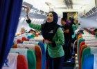 Szariat na pokładzie. Modlitwy przed startem, stewardesy w hidżabach i zakaz alkoholu