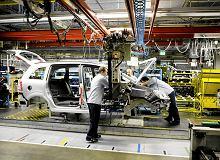 Opel pod presją. Skróci pracę w firmie