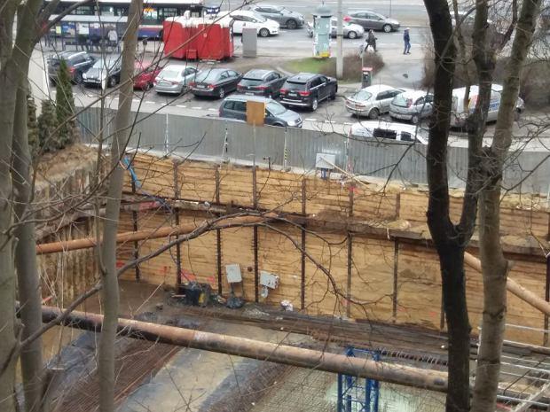 Zdjęcie numer 0 w galerii - Rośnie nowoczesny parking dla przyjeżdżających do sądu