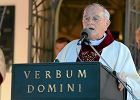 Abp Hoser: Kościół zdradził Jana Pawła II. Narzeczeni nie wiedzą, że papież postawił przed nimi zadania