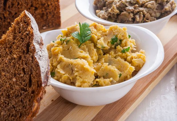 Potrawy na Wielkanoc. Wegańskie przepisy Eryka Wałkowicza