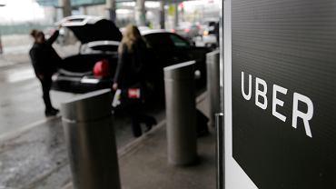 Uber na lotnisku LaGaurdia w Nowym Jorku.
