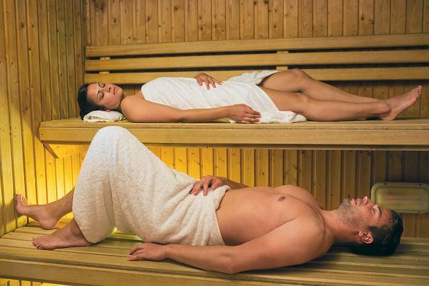 Czy dzieci muszą w saunie oglądać nagich dorosłych?