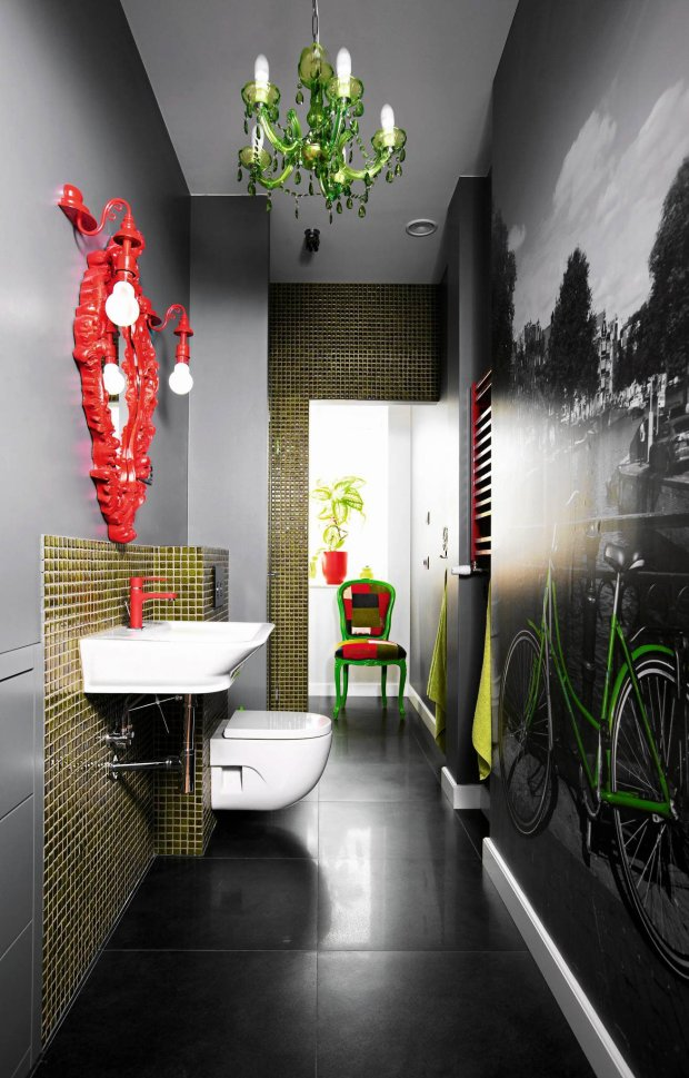 Łazienka: mozaika i fototapeta