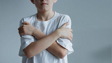 Dziecko może nie chcieć albo nie umieć powiedzieć, że nie życzy sobie dotyku.