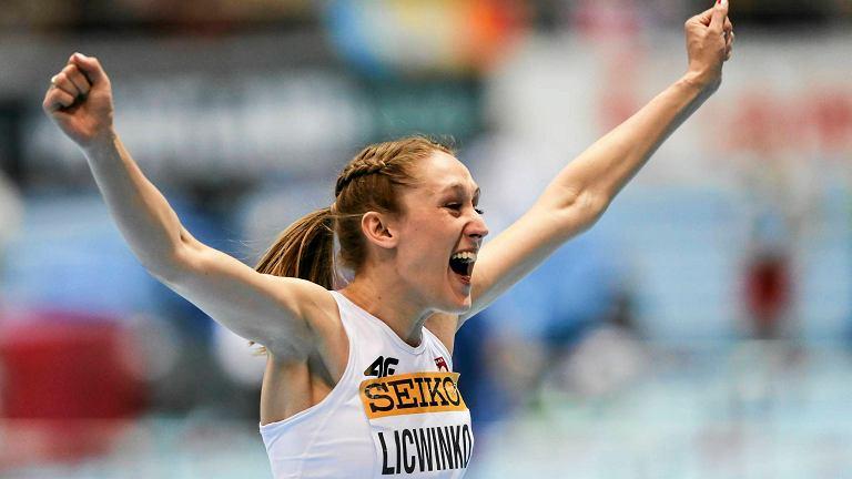 Drugi dzień Halowych Mistrzostw Świata w Lekkoatletyce przyniósł pierwszy sukces reprezentacji Polski. Złoty medal w skoku wzwyż zdobyła Kamila Lićwinko. O podium w tej konkurencji otarła się Justyna Kasprzycka, która zajęła czwarte miejsce. Również na czwartym miejscu start w biegu na 400 metrów zakończyła również Justyna Święty. Słabiej spisali się panowie. W finale skoku o tyczce szóste miejsce zajął Robert Sobera, a Paweł Wojciechowski był 10. Rywalizację skoczków w dal na szóstym miejscu zakończył Adrian Strzałkowski. W sesji porannej awans do finałów zanotowały polskie sztafety 4x400 m, Teresa Dobija w skoku w dal, Karol Hoffmann w trójskoku. Zapraszamy do obejrzenia galerii zdjęć z drugiego dnia mistrzostw