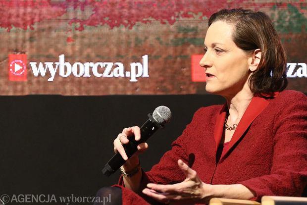 """Anne Applebaum w Centrum Premier Czerska 8/10: """"O Wielkim Głodzie można mówić podobnie jak o Holocauście"""""""