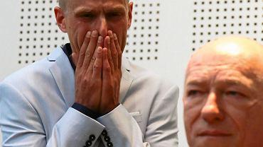Tomasz Komenda i adw. Zbigniew Ćwiąkalski (fot. Agata Grzybowska/AG)