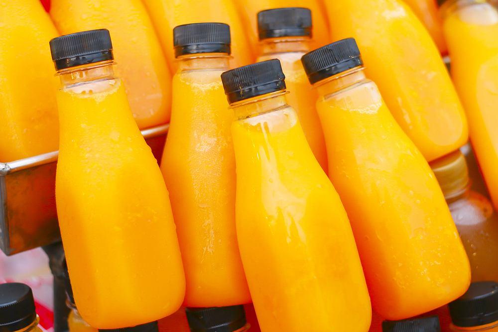 Sok pomarańczowy, który najpierw się zamrozi i rozmrozi przed piciem, jest zdrowszy niż ten świeżo wyciskany czy pasteryzowany. Przynajmniej, jeśli chodzi o przyswajalność przeciwutleniaczy