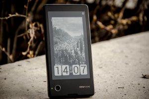 Yota Phone - 5 rzeczy, kt�re powiniene� wiedzie� o smartfonie z dwoma wy�wietlaczami
