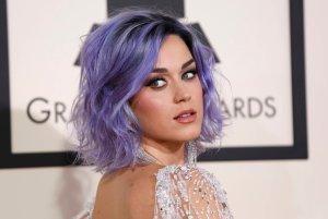 Katy Perry przyznała, ze cierpi na chroniczne bóle kolan. Powodem są ciągłe występy, które zniszczyły jej stawy.