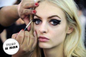 Najlepsze triki makija�owe z eyelinerem, kt�re znalaz�y�my na YouTube. W formie GIF-�w!