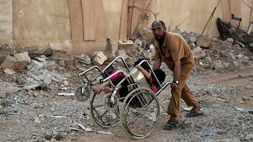 Europa może pomóc Syryjczykom osądzić zbrodnie wojenne. Prokuratury niektórych państw, w zgodzie z zasadą uniwersalnej jurysdykcji, już przyjmują skargi ofiar i ich krewnych przeciw funkcjonariuszom reżimu Asada.