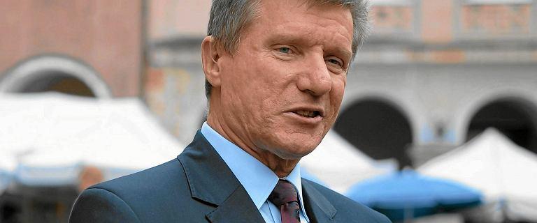 Czesław Małkowski może startować. Wyrok w sprawie o gwałt dopiero po wyborach