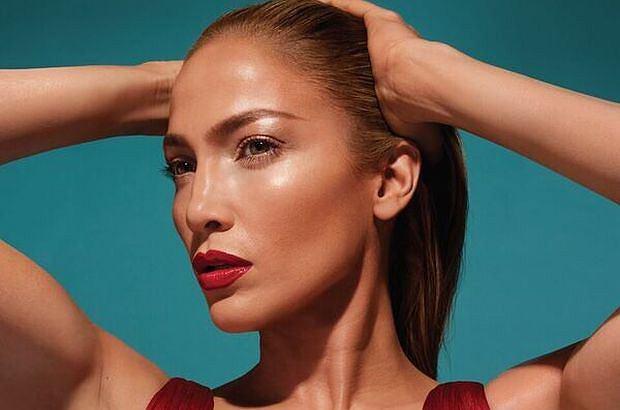 Jennifer Lopez stworzyła własną linię kosmetyków dla Inglota. Produkty sygnowane jej nazwiskiem mają trafić do sklepów już 26 kwietnia.