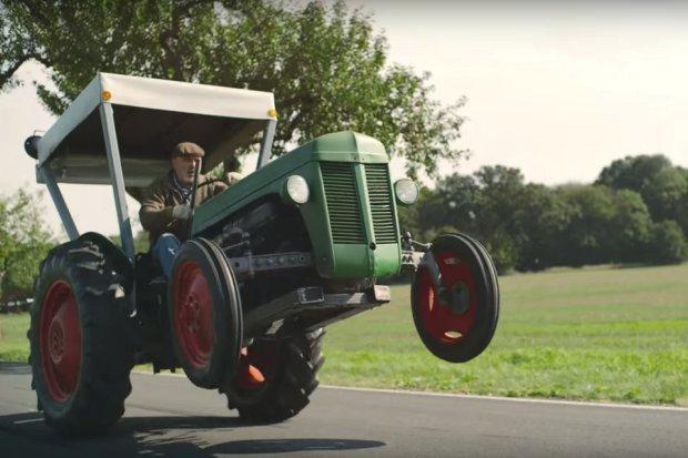 Wideo | Rajdowy traktor i ekspresowa dostawa