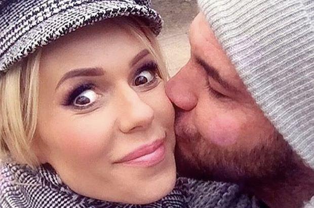 Dorota Rabczewska zmieniła po ślubie nazwisko. Poinformowała o tym na swoim prywatnym profilu na Facebooku.