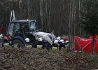 Opel zderzy� si� z kopark�. Zgin�y cztery osoby